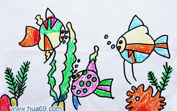 海底风景_儿童彩笔画作品