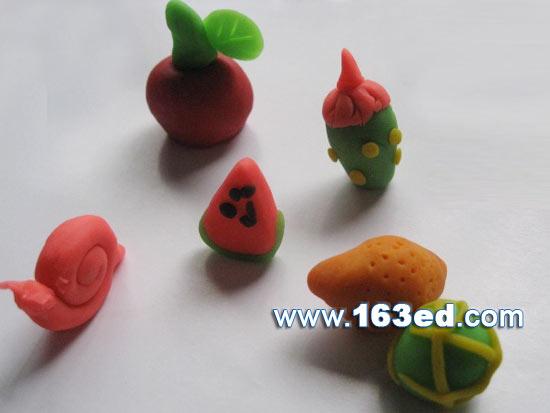幼儿园吸管贴画_幼儿手工橡皮泥作品:水果聚会5—儿童手工制作网
