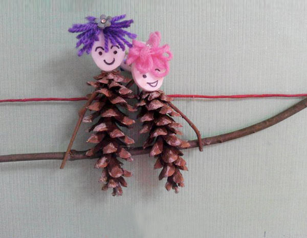 毛线手工制作_废旧物品手工:松果娃娃—儿童手工制作网