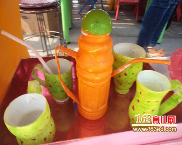 变身为强烈质感的花瓶塑料瓶烛台污水栽培花盆塑料瓶公鸡塑料瓶女士