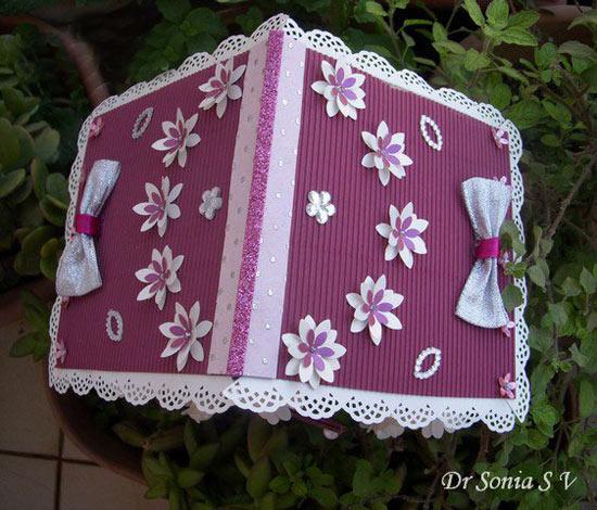 幼儿手工:旧纸盒制作漂亮的小房子