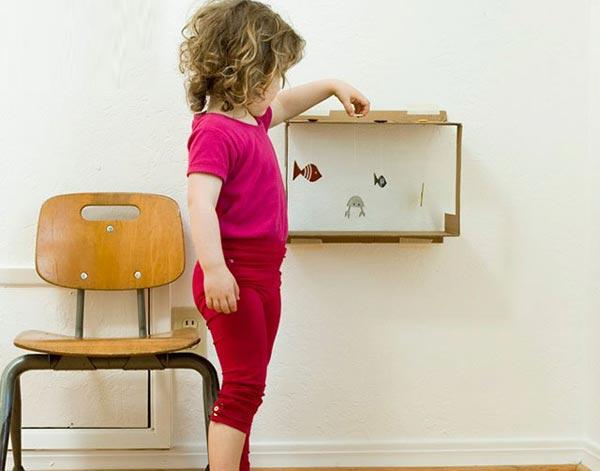 兒童手工教學:廢紙箱制作玩具水族箱  兒童手工教學:廢紙箱制作玩具水族箱  兒童手工教學:廢紙箱制作玩具水族箱