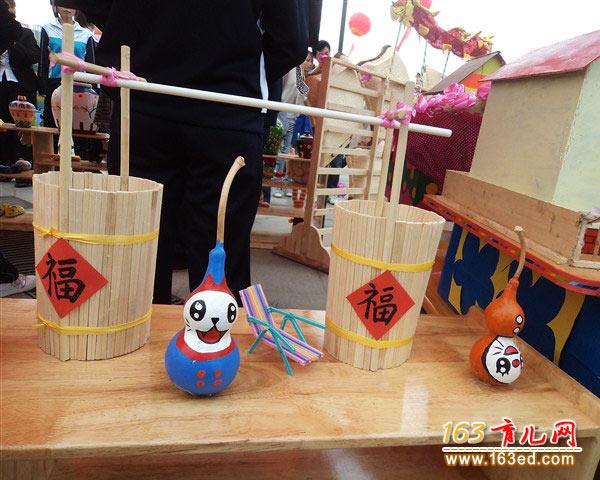 一次性筷子做的水桶_幼儿手工制作作品