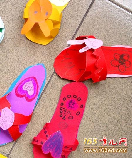 纸做的拖鞋 幼儿废旧物品手工制作2