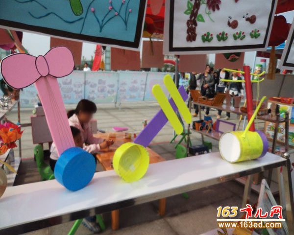 瓶盖做的乐器_幼儿变废为宝手工制作教程—儿童手工